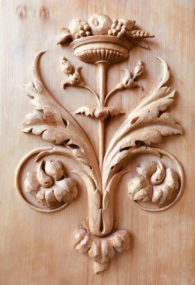 Bas-relief en bois arabesque Renaissance